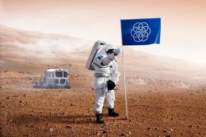 العلم الأرض يرفرف فوق المريخ